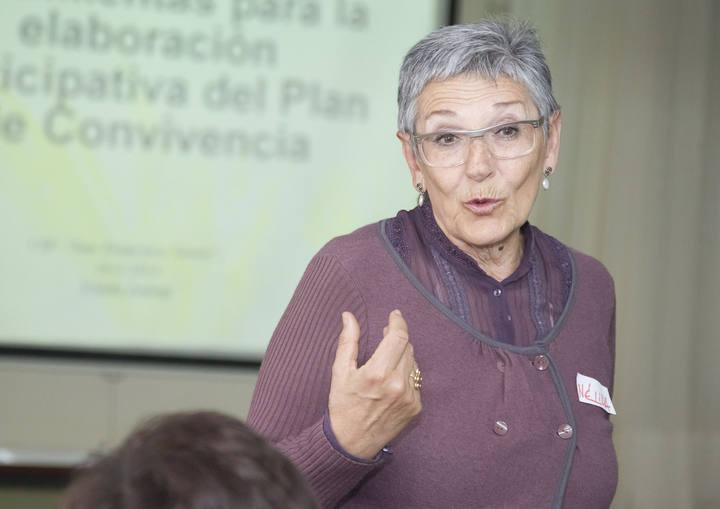 """""""Inspección educativa: nuevos escenarios, nuevas demandas, nuevas competencias profesionales"""": Nélida Zaitegi en #adide14"""