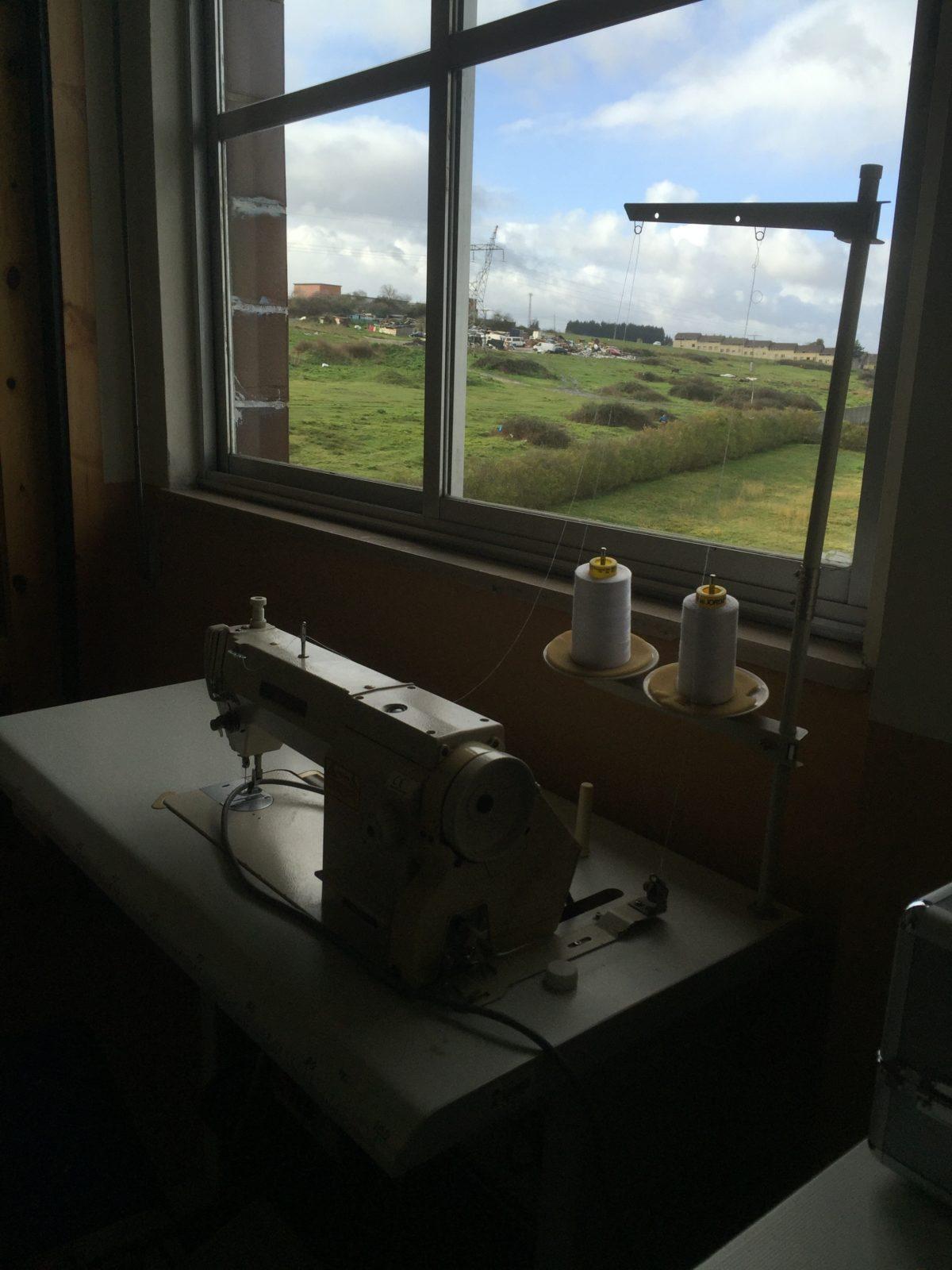 Las ventanas abiertas del colegio de Granda