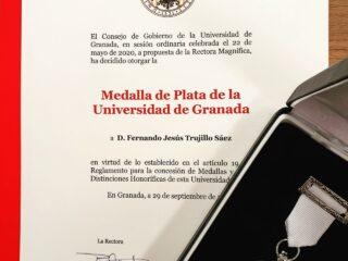 Sobre Educación Superior, educación digital, Granada y Ceuta: discurso en la entrega de medallas de plata de la UGR